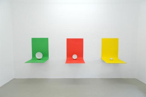 "<div class='artwork-listing'><span class='artwork-listing-artist'><a href=""/users/sean-micka"" class=""active"">Sean Micka</a></span>, <span class='artwork-listing-title'><a href=""/portfolio/10911/32-million-shatters-warhol-record-0"">32 Million Shatters Warhol Record</a></span>, <span class='artwork-listing-year'>2012</span>, <span class='artwork-listing-materials'>paper, plates and shelf</span>, <span class='artwork-listing-dimensions'>variable</span></div>"