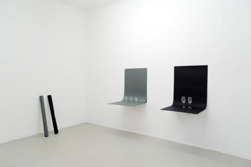 "<div class='artwork-listing'><span class='artwork-listing-artist'><a href=""/users/sean-micka"" class=""active"">Sean Micka</a></span>, <span class='artwork-listing-title'><a href=""/portfolio/10911/32-million-warhol-shatters-record"">32 Million Warhol Shatters Record</a></span>, <span class='artwork-listing-year'>2012</span>, <span class='artwork-listing-materials'>paper, plates and shelf</span>, <span class='artwork-listing-dimensions'>variable</span></div>"