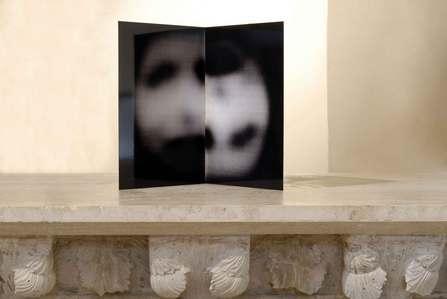"<div class='artwork-listing'><span class='artwork-listing-artist'><a href=""/users/simona-frillici"" class=""active"">Simona Frillici</a></span>, <span class='artwork-listing-title'><a href=""/portfolio/1196/angel-nocera-umbra"">Angel- Nocera Umbra</a></span>, <span class='artwork-listing-year'>2009</span>, <span class='artwork-listing-materials'>print on steel</span>, <span class='artwork-listing-dimensions'>35x35x50cm</span></div>"