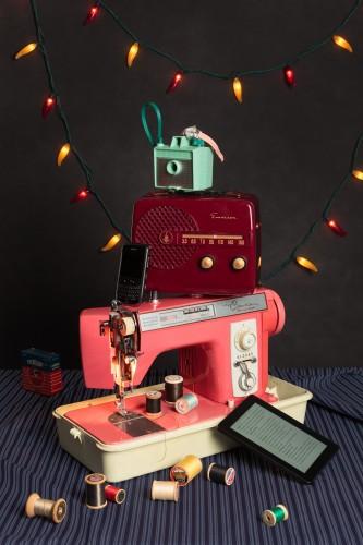 "<div class='artwork-listing'><span class='artwork-listing-artist'><a href=""/users/jeanette-may"" class=""active"">Jeanette May</a></span>, <span class='artwork-listing-title'><a href=""/portfolio/3360/tech-vanitas-pink-sewing-machine"">Tech Vanitas: Pink Sewing Machine</a></span>, <span class='artwork-listing-year'>2015</span>, <span class='artwork-listing-materials'>Archival Pigment Print </span>, <span class='artwork-listing-dimensions'>36 x 24""</span></div>"