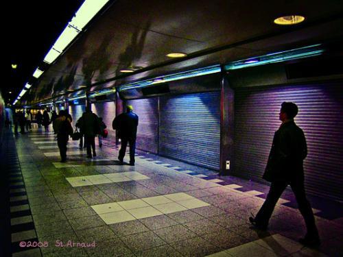 "<div class='artwork-listing'><span class='artwork-listing-artist'><a href=""/users/raymond-st-arnaud"" class=""active"">Raymond St. Arnaud</a></span>, <span class='artwork-listing-title'><a href=""/portfolio/4478/metro-shadows-pace-ceiling"">Metro - Shadows Pace The Ceiling</a></span>, <span class='artwork-listing-year'>2008</span>, <span class='artwork-listing-materials'>Digital Print</span>, <span class='artwork-listing-dimensions'>13.5""x18""</span></div>"