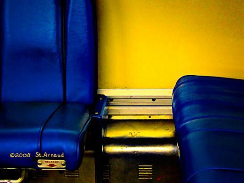 "<div class='artwork-listing'><span class='artwork-listing-artist'><a href=""/users/raymond-st-arnaud"" class=""active"">Raymond St. Arnaud</a></span>, <span class='artwork-listing-title'><a href=""/portfolio/4478/blue-field-yellow-ground"">Blue Field - Yellow Ground</a></span>, <span class='artwork-listing-year'>2008</span>, <span class='artwork-listing-dimensions'>13.5""x18""</span></div>"