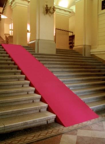 "<div class='artwork-listing'><span class='artwork-listing-artist'><a href=""/users/sonja-meller"" class=""active"">Sonja Meller</a></span>, <span class='artwork-listing-title'><a href=""/portfolio/5003/red-carpet"">""Red Carpet""</a></span>, <span class='artwork-listing-year'>1997</span>, <span class='artwork-listing-materials'>Landesmuseum Oberösterreich, Austria</span></div>"