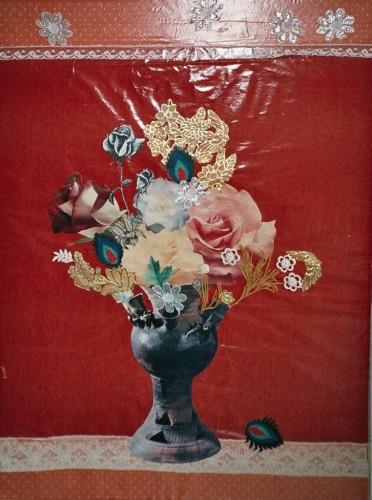 "<div class='artwork-listing'><span class='artwork-listing-artist'><a href=""/users/magie-dominic"" class=""active"">Magie Dominic</a></span>, <span class='artwork-listing-title'><a href=""/portfolio/5076/vase-flowers"">Vase of Flowers</a></span>, <span class='artwork-listing-materials'>collage</span></div>"